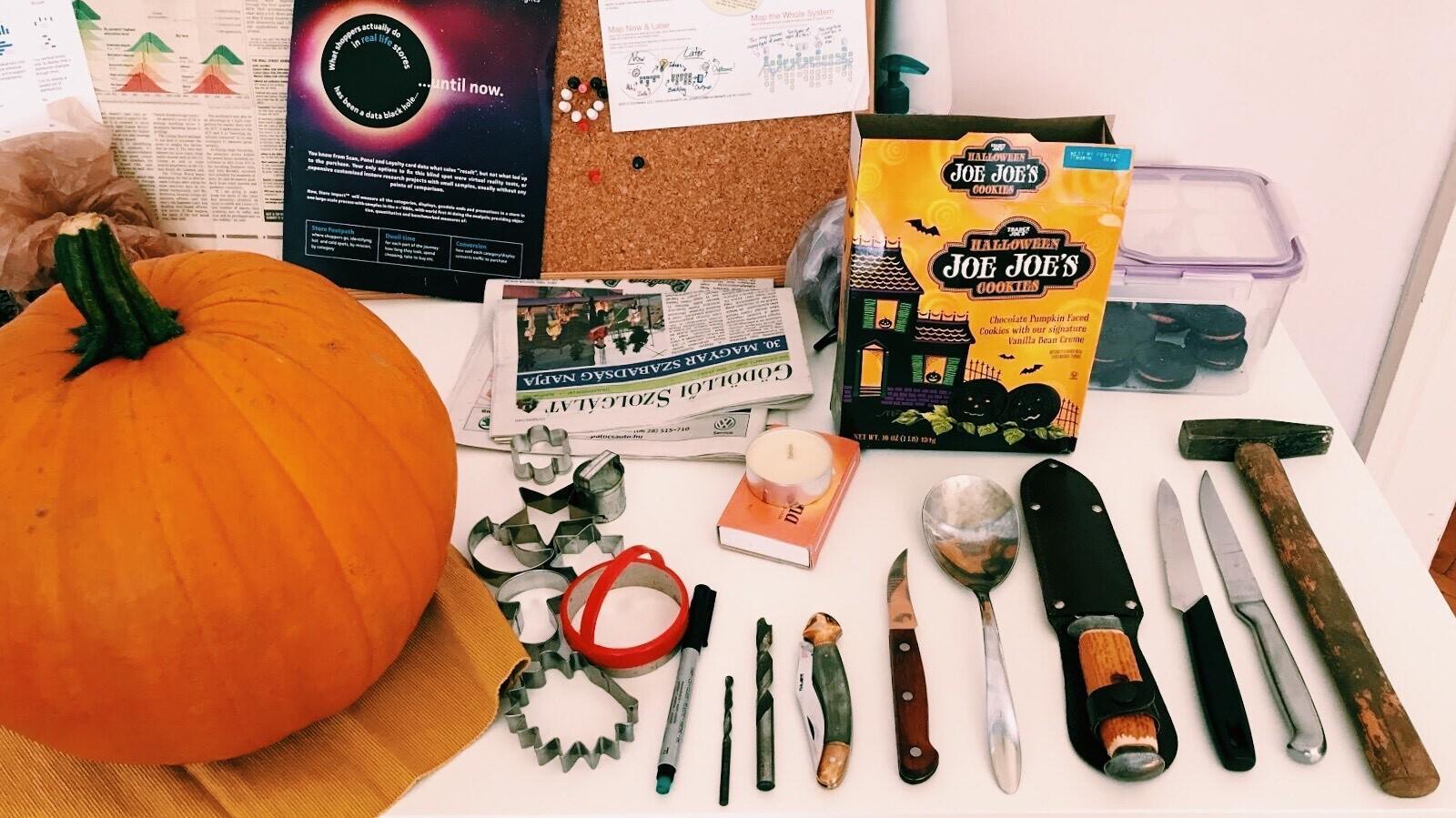 The pumpkin carving tools